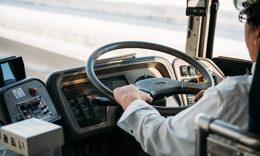ギヤオイル切り替えによる安全走行及びコスト削減
